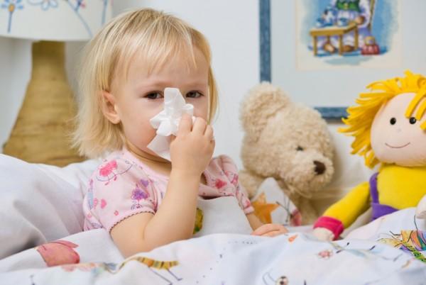 Zapalenie zatok jest częstą infekcją u dzieci, która potrafi na kilka dni wykluczyć malca z normalnego życia.../ fot. Fotolia
